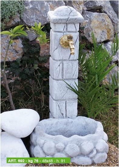 Arredi per giardino cassette vasi fontane arredo urbano coppi ...